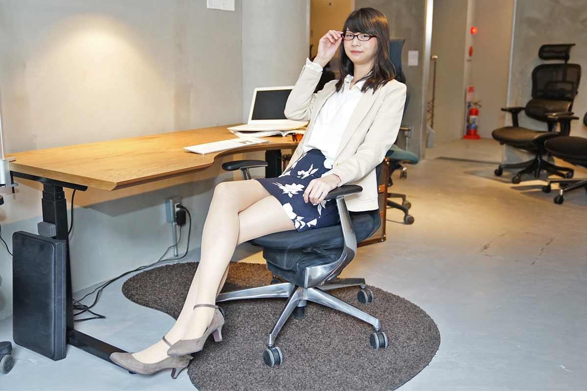専門家が厳選した「高級オフィスチェア」6モデルを座り比べてみた