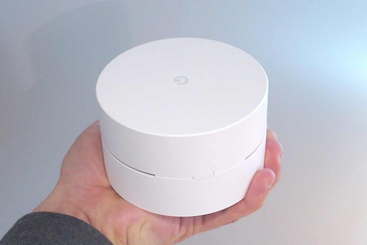 高速なWi-Fi環境を簡単に構築できるGoogle謹製の小型Wi-Fiルーター「Google Wifi」がついに発売