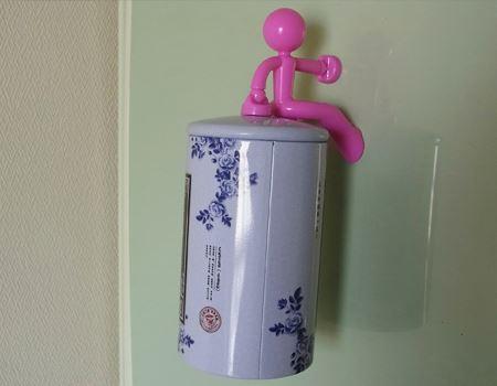 冷蔵庫の扉では、お茶の入った缶を持ってもらいましたが、全く動じることはありませんでした