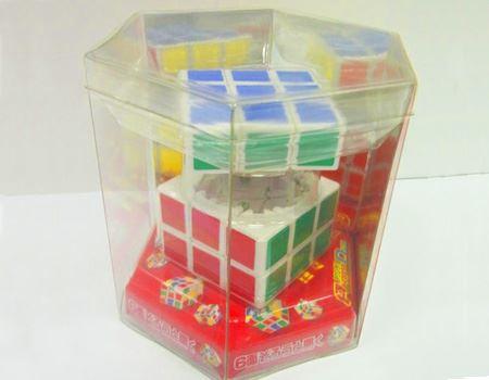 「収納型立方体パズル アクンダ」。パズルとしてだけでなく、秘密の小物入れにも利用できるロマンチックな? パズルです