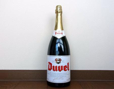 今回は友達も交えて飲むために1500ml入ったマグナムボトルを購入しました