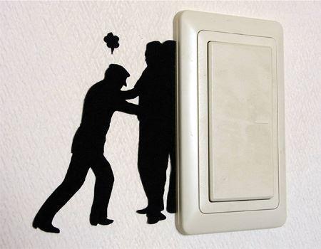 自宅の照明スイッチのところに貼ってみました