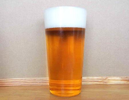 ビールは、7:3(ビール:泡)の黄金比率で楽しみたいものです