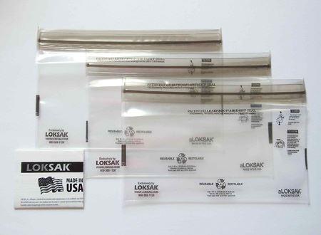 Mサイズは134mm×220mm。中には3枚の「ロックサック」と説明書が入っています