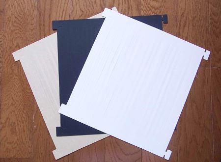 中には、白・黒・クラフトの3色が入っています