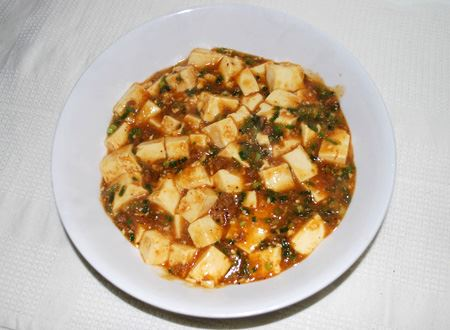 余談ですが、今回撮影に使った豆腐は麻婆豆腐になりました。ごちそうさまでした