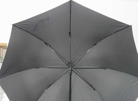 傘の直径は93cm、骨組みもしっかりしております