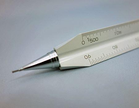ペン先は通常のシャーペンと変わりません