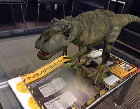 肌や歯まで質感がリアルに再現されたさまざまな恐竜が見られる!