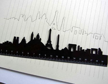 筆者が購入したのはパリの街並みを描いたもの。エッフェル塔や凱旋門がポイント