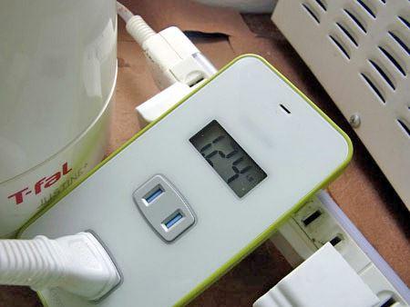電力消費量が多いといわれる筆者愛用の湯沸かしポットでは、消費電力は1.24kWとなりました