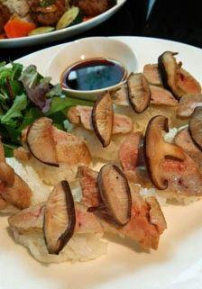 フォアグラ寿司もいい! 椎茸をのせて食感もアップ