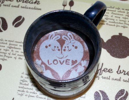 コーヒーの表面にラテアートができました!