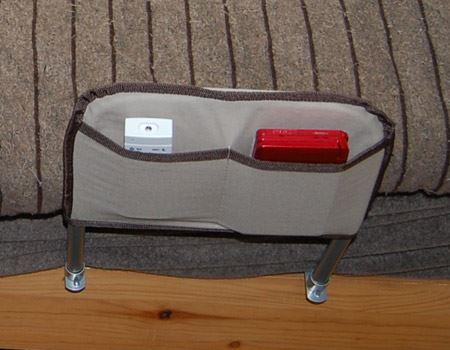 ポケットにはリモコンなどを入れられますよ。これがまた便利