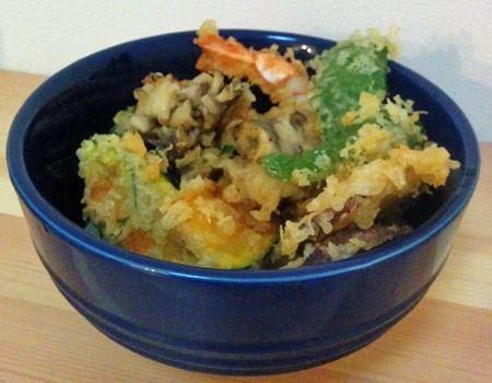天丼の例。洋食器なのに、完全に和の料理なのに相性がピッタリ!