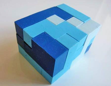 超難関の立体型もできます。写真は3×4×5(3940通り)ですが、2×5×6(264通り)や2×3×10(12通り)もあります。筆者はこれを作るのに数時間費やしてしまいました