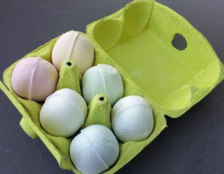 1個1個、ほんのり色が違います。ココナッツ、パイナップル、ピーチ、アクア、ホワイトムスク、ローズの6種類