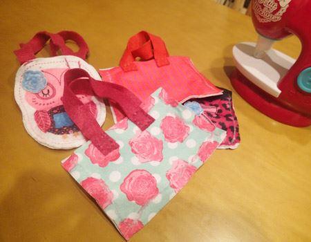 糸を使っていないのに、こんなにかわいいバッグができちゃいました。多少縫い目が曲がっていてもそれはご愛嬌。自分で作ったバッグは愛着がわくようです