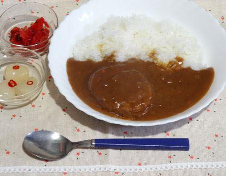 パウチを湯煎で温めて、ご飯にかけてみました! う〜んいい香り♪