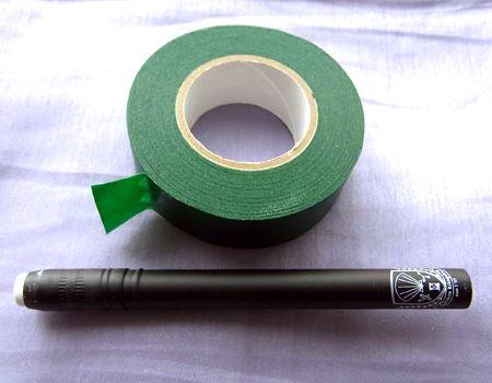 テープは想像していたよりも薄く、紙テープのような感じです<br>筆者が購入したのは18mm幅のもの