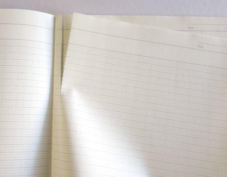 ノートに点線を入れておけば、キレイに切れて何かと便利そうです