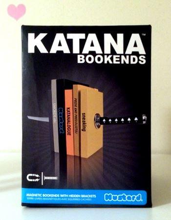その名も「KATANA BOOKENDS」!