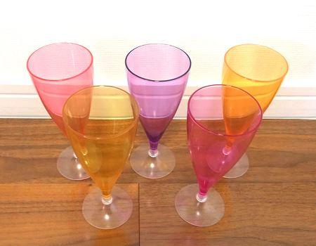 5種類のカラフルなグラスが完成!