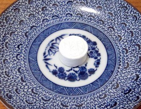 お皿などに置いて、上から少量の水をかけるだけ