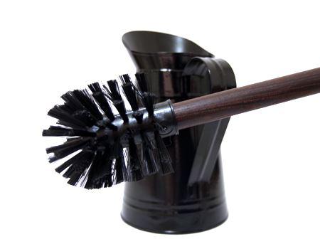 ナイロン素材のブラシは丈夫で、コシがあり、便器をゴシゴシと力強く擦ることができます