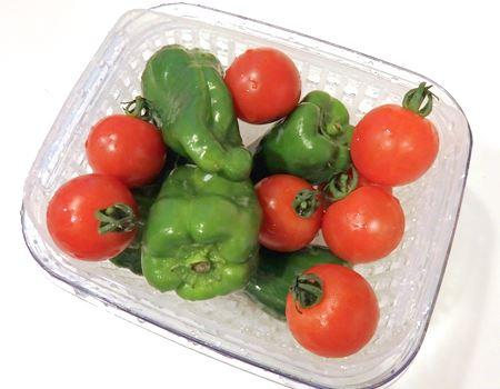 こちらは1.5Lサイズ。小さめなので、小粒の野菜や果物に