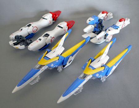 2機のV2コア・ファイターとトップ・リム、ボトム・ファイターが完成しました