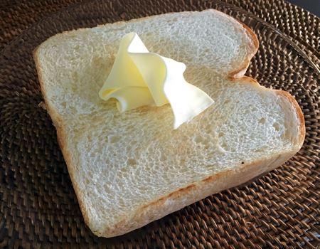 ふんわりとろけるバターメーカー