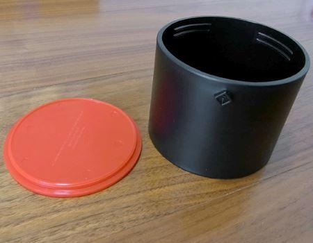 ドリップケトルの容量は270mlで、ここにお湯を入れて注ぎます。ケトルについているカバーはタンブラーのふたとしても使えます