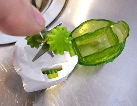 刃の部分は取り外せるので、お手入れも簡単です