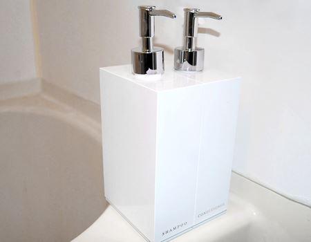 うちの浴室に置いてみたトコその1。ユニットバスなので見栄えはアレで恐縮です…