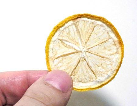 もちろん本物のレモンですよ