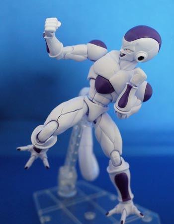 筋肉のディテールを表現したパーツの組み合わせが雰囲気を出しています