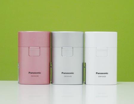 スッキリしたシンプルなデザインです。カラーはピンク、ホワイト、シルバーの3種類
