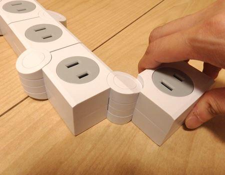 つなぎ目の丸い部分を軸に各ブロックが変形!