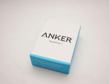 パッケージはANKERおなじみのシンプルデザイン