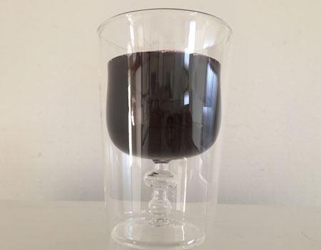 ワイングラスの形が浮かび上がりました