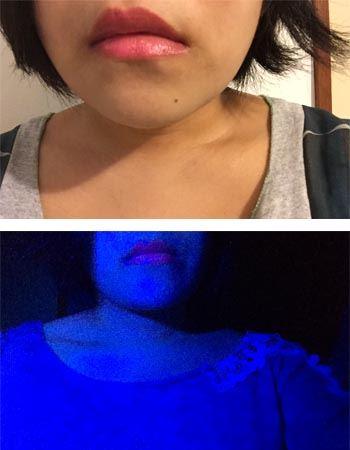 次に実際唇に塗ってみた画像がこちら。実際目で見ると自分の唇とは思えないくらい魅力的に光ります