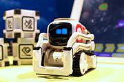 ディズニーのウォーリー!? 心を持つロボット「COZMO(コズモ)」がかわいい!