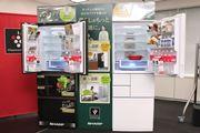 """シャープ冷蔵庫が""""電動どっちもドア""""に進化! 14年ぶり液晶付きでIoT化加速"""