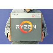 """Raven Ridge""ことAMDのデスクトップ版Ryzen APUが編集部に到着!"
