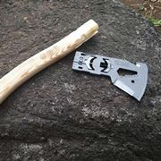 いざというとき「斧」になる! 新発想のロマン溢れるマルチツール