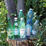 炭酸水の効果って? 管理栄養士おすすめの飲み方&海外7ブランドを飲み比べ