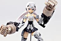 話題の美少女ロボット! フレームアームズ・ガール「アーキテクト」を組み立ててみました