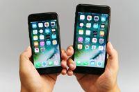 「iPhone 7」レビュー、360度どこから見ても真っ黒な「ジェットブラック」をチェック