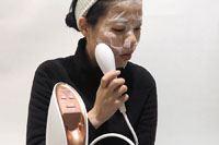 シュワシュワ感がクセになる!「炭酸イオンエフェクター」を2週間使ったら肌のキメが整った